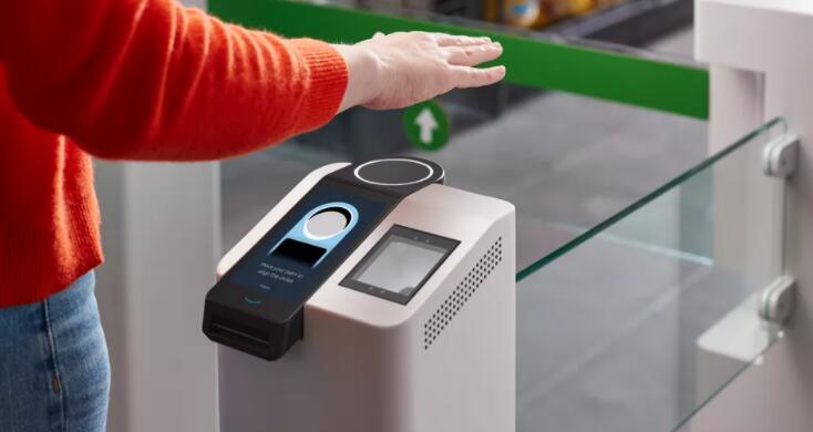 亚马逊试用刷手支付 暗示未来几个月内商店将引入手掌付款